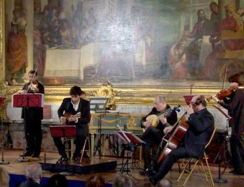 Avi Avital performs Vivaldi Four Seasons in Versailles – tMt TV #107